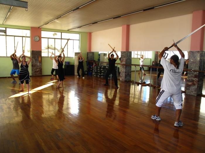 Φωτ. απο τμήμα Μεσαιωνικης σπαθασκίας στο γυμναστήριο Top Fit στο Πειραιά