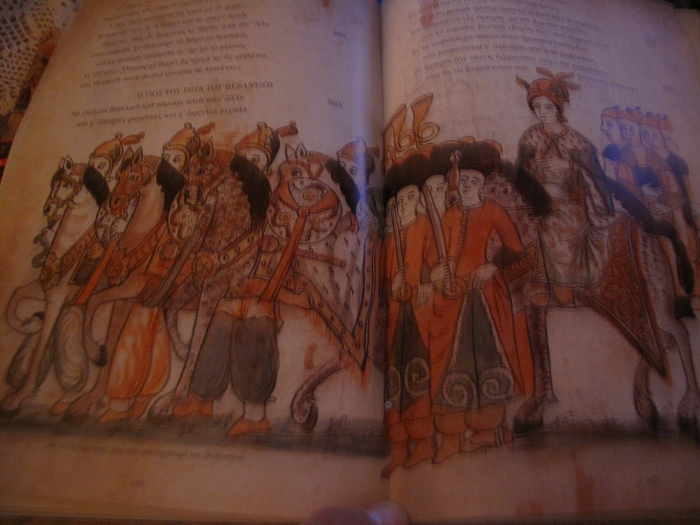 p.58l-59r Pistoforos is the son of the king of Byzantium in the book Erotokritos. He is on his horse with many servants. Note: Look the weapons of his guards.