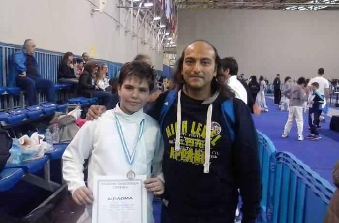 Ο Ιωάννης Νιφόρος με το προπονητή του κ. Γεώργιο Ε. Γεωργά