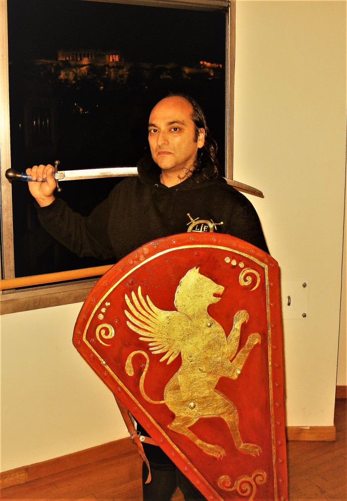 Mr. George E. Georgas explains how to fence with weapons of Palaiologian era.